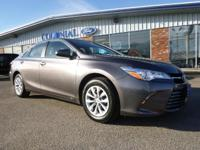2016 Toyota Camry LE 2.5L!! One Owner! Only 21,000