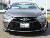 Options:  2016 Toyota Camry Sedan Se|Gray|2.5L I4 Smpi