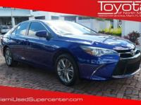 Options:  2016 Toyota Camry Se|Blue|2016 Toyota
