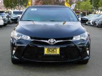 Options:  2016 Toyota Camry Se|Blue/Black|V4 2.5L