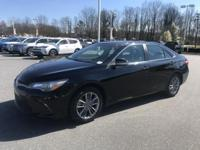 Midnight Black Metallic 2016 Toyota Camry SE FWD