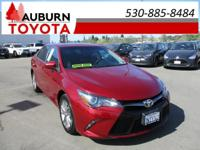 1 OWNER, MOON ROOF, BLUETOOTH!  This 2016 Toyota Camry