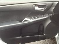 6 Speakers CD player Air Conditioning Rear window