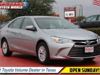 Boasts 35 Highway MPG and 25 City MPG! Carfax One-Owner