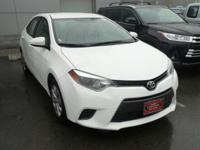 CARFAX One-Owner. Certified. Super White 2016 Toyota