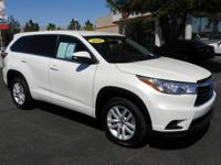 Say Yes To Express!! 2016 Toyota Highlander LE 2.7L