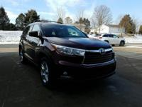 Look at this 2016 Toyota Highlander LIMITED PLATINU.