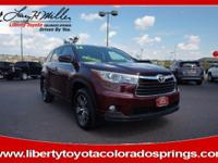 EPA 24 MPG Hwy/18 MPG City! CARFAX 1-Owner, LOW MILES -