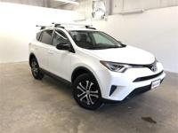 Super White 2016 Toyota RAV4 LE AWD 6-Speed Automatic