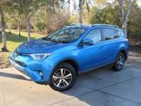 This 2016 Toyota RAV4 4dr FWD 4dr XLE features a 2.5L 4