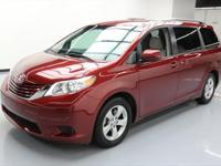 This awesome 2016 Toyota Sienna comes loaded with the