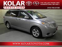 2016 Toyota Sienna LE 3.5L V6. Carts your goods with
