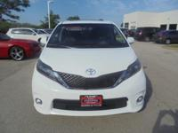 2016 Toyota Sienna SE White Toyota Certified Used