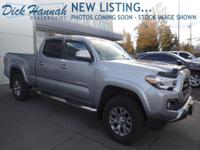 ONE OWNER * SR5 double cab long box * 4WD * Bluetooth