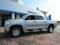 2016 Toyota Tundra SR5 4WD Silver 6-Speed Automatic