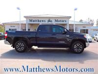 **LIKE NEW**LOW MILES**NAVIGATION**TRD OFF-ROAD