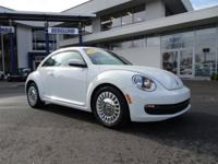 *2016 BEETLE SE TURBO WITH ONLY 22K MILES!* *LEATHER*