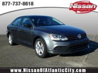 Come see this 2016 Volkswagen Jetta Sedan 1.4T S. Its