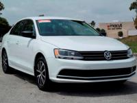 Options:  2016 Volkswagen Jetta Sedan 1.4T Se|Pure