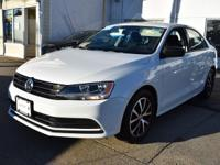 2016 Volkswagen Jetta 1.4T SE Wh I4 Certified. CARFAX