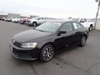 Treat yourself to this 2016 Volkswagen Jetta 1.4T SE,