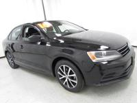 2016 Volkswagen Jetta 1.4T SE Black Uni New Price!