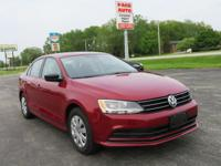 This 1-owner, locally owned, 2016 Volkswagen Jetta S is