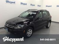 EPA 26 MPG Hwy/20 MPG City! CARFAX 1-Owner, GREAT MILES
