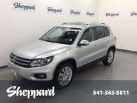 FUEL EFFICIENT 26 MPG Hwy/20 MPG City! CARFAX 1-Owner,