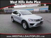 New Arrival! AWD, Priced below Market! CarFax One