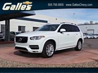 Come see this 2016 Volvo XC90 T6 Momentum. Its