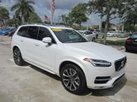 VOLVO CERTIFIED PREOWNED / 2016 VOLVO XC90 T6 Momentum