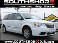 CARFAX One-Owner. Clean CARFAX. 2016 Chrysler Town &