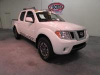 2016 Nissan Frontier PRO-4X - Crew Cab ** Leather **