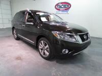 2016 Nissan Pathfinder ** PLATINUM Package ** Leather
