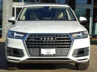 Options:  2017 Audi Q7 Premium Plus|Tofana White
