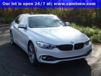 OPTIONS INCLUDE: Luxury Line (19 Light Alloy Wheels,