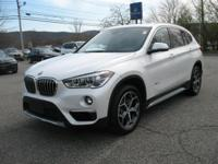 Cold Weather Package, Premium Package, X1 xDrive28i, 4D