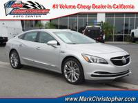 FUEL EFFICIENT 31 MPG Hwy/21 MPG City! CARFAX 1-Owner,