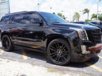 Options:  2017 Cadillac Escalade Platinum|/|V8 6.2L