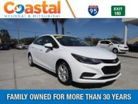 This 2017 Chevrolet Cruze LT in features: FWD Clean