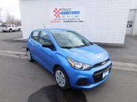 Boasts 39 Highway MPG and 30 City MPG! This Chevrolet