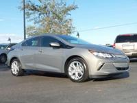 Options:  Wheels: 17 X 7 Split 5-Spoke Aluminum|Front