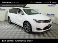 2017 Chrysler Pacifica Limited in Bright White vehicle
