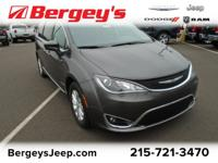CHRYSLER CERTIFIED! TOURING L 7-PASSENGER! Heated Front