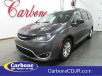 2017 Chrysler Pacifica FWD Touring L Great Service