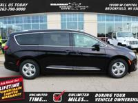 Options:  2017 Chrysler Pacifica Touring-L Plus|*Shown
