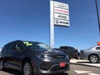 Options:  2017 Chrysler Pacifica Touring-L|This Great