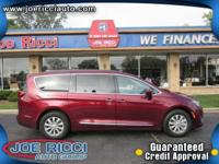 Options:  2017 Chrysler Pacifica Touring L|Red|3.6L V6