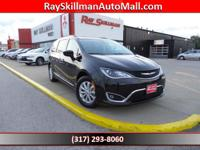 EPA 28 MPG Hwy/18 MPG City! Navigation, 3rd Row Seat,